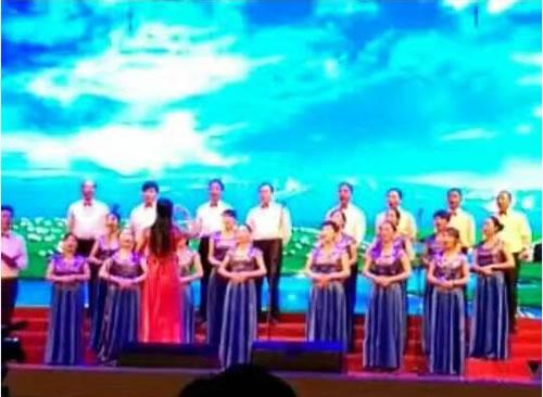 三江源参加庆祝建国67周年歌咏比赛